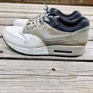 Nike Air Max 1 Sz 8.5 Blue/Gray